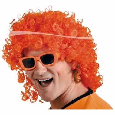 Goedkope oranje krullenpruik matje