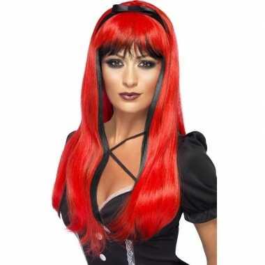 Goedkope rood/zwarte lange pruik dames